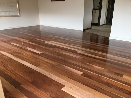 Blondes and warmer timber colours give this mixed Chestnut floor a real warm and homely finish.